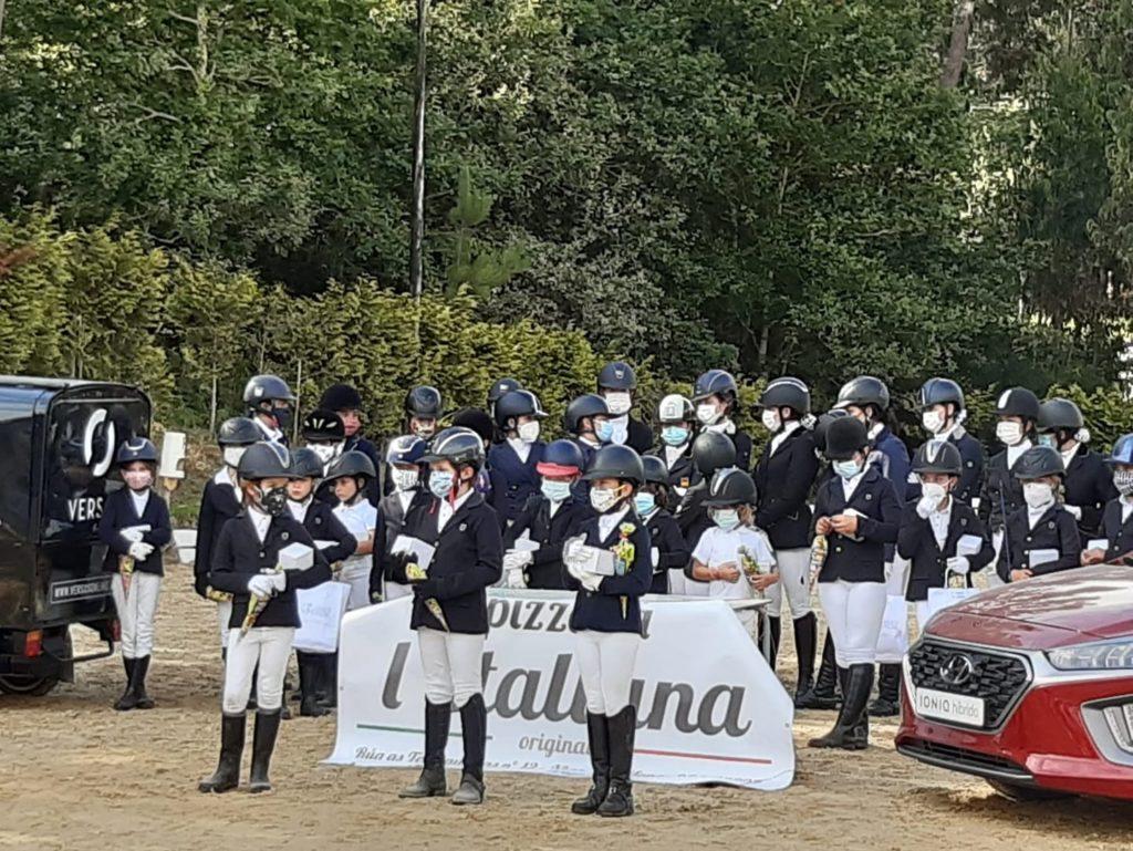 Un dia de concurso en el centro ecuestre Rias Baixas